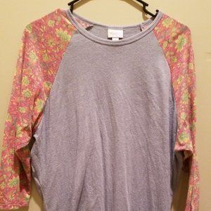 Lula Roe Randy  - XL Gray with Floral Sleeves